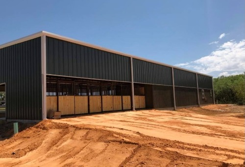 Green barn by Covered Arena (TM) and Dressage Arenas