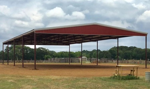 Red arena by Covered Arena (TM) and Dressage Arenas